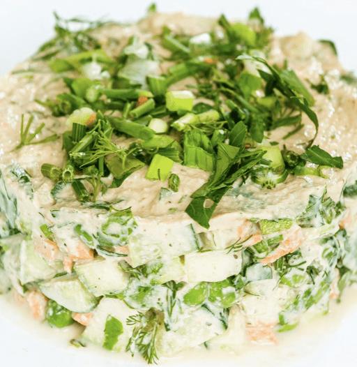 Сыроедческий салат «Оливье»
